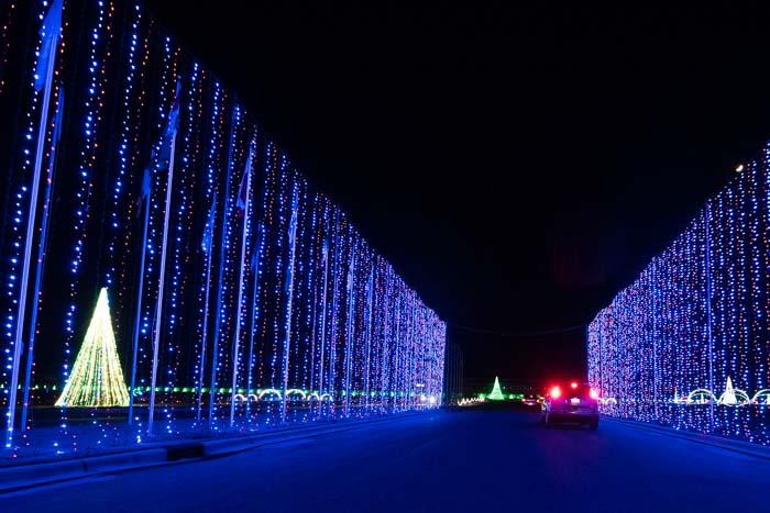 Winter Wonderland Light Show Tryon