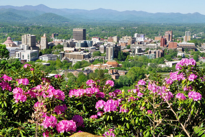 10 Reasons to Move to Asheville