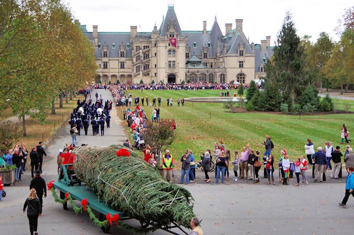 Biltmore House Christmas Tree Raising