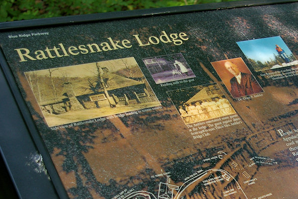 Rattlesnake Lodge Hiking Trail, Asheville