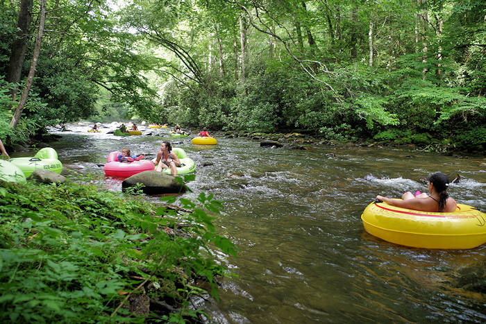 Top 4 River Tubing Places Near Asheville