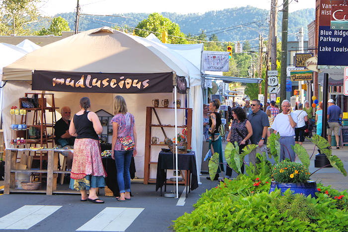 Weaverville Art in Autumn Festival