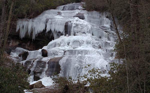 Daniel Ridge Falls Frozen