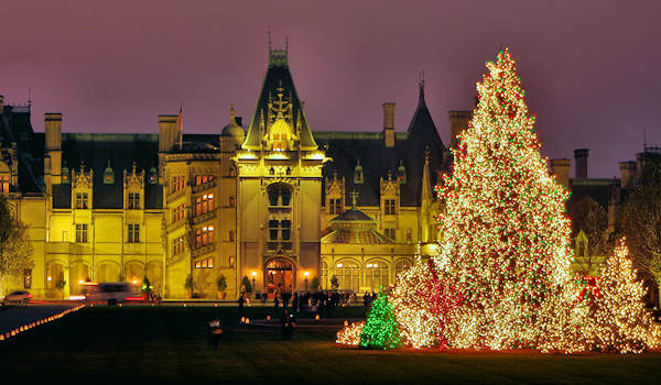 Biltmore Christmas.Christmas Tree Raising At Biltmore House