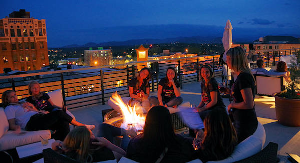 Cambria Hotel Asheville Rooftop Bar