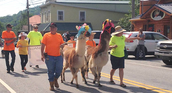 Spring Go Festival Parade, Chimney Rock