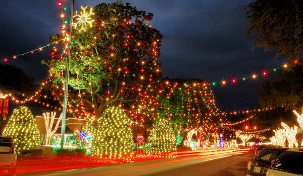 Christmas Lights in Asheville: 7 Best Spots 2018