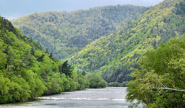 French Broad River, Hot Springs