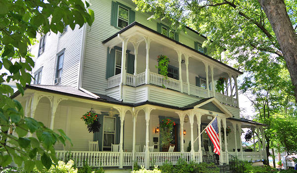 Waverly Inn, Hendersonville