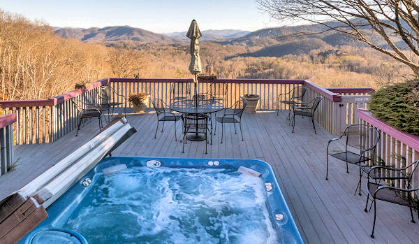 Jackson County Cabin View Hot Tub