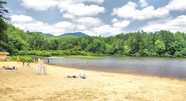 Lake Powhatan Beach, Asheville