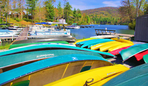 Lake Toxaway Canoes