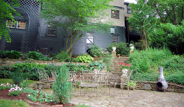 Pinecrest Bed & Breakfast in Asheville