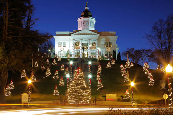 Sylva NC Jackson County Courthouse Christmas