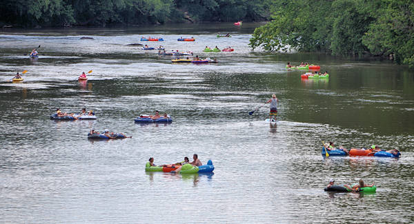 Tubing French Broad River