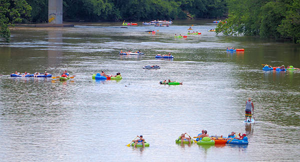 Tubing French Broad River Asheville