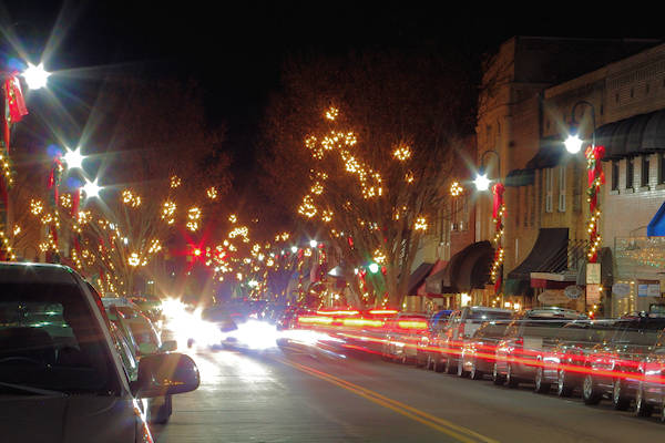 12 Christmas Towns near Asheville, NC