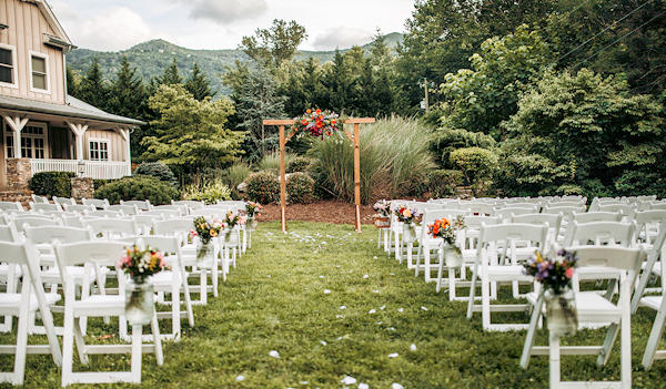 Willow House Outdoor Wedding