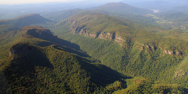 Linville gorge north carolina for Table rock nc cabins