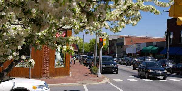Downtown Waynesville North Carolina Vacation Guide